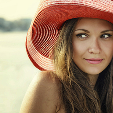How to feel the benefits of the sun while protecting your skin?